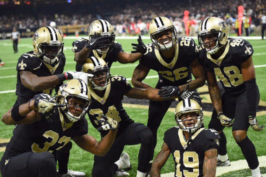 Saints pose after big play