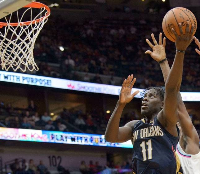 Video: Holiday, Randle combine forces to lead Pelicans past Nuggets, 120-112