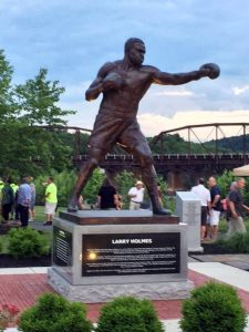 Larry Holmes statue