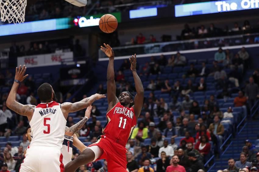 Jrue Holiday makes his point as Pelicans end losing streak