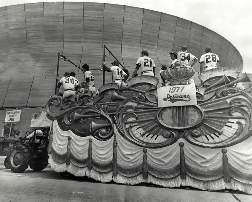 1977 Pelicans in Pre-Game Parade