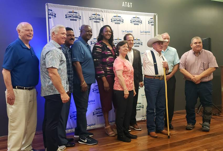 Humble group of Louisiana Sports Hall of Famers arrives in Natchitoches